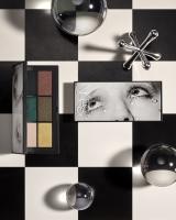 http://retouching.nikkigraziano.com/files/gimgs/th-45_2648-02G-DRO_NRS-RGB-6-PAN--EYESHADOW-1_1200.jpg